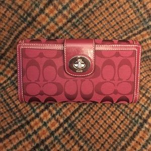 Coach Signature Berry Large Wallet